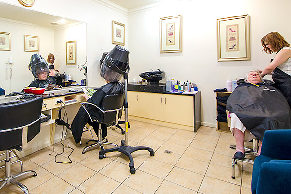 Woodlands Grove Hair Dressing Salon